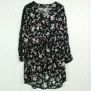 Torrid High Low Lace and Floral Tunic Top